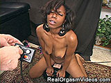 Ebony Girl Having an Screaming Orgasm