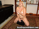 Bubbly Blonde Has a G-Spot Orgasm on the Sybian