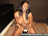 Ebony Girl Squirts Riding the Sybian